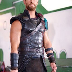 thor-ragnarok-leather-vest