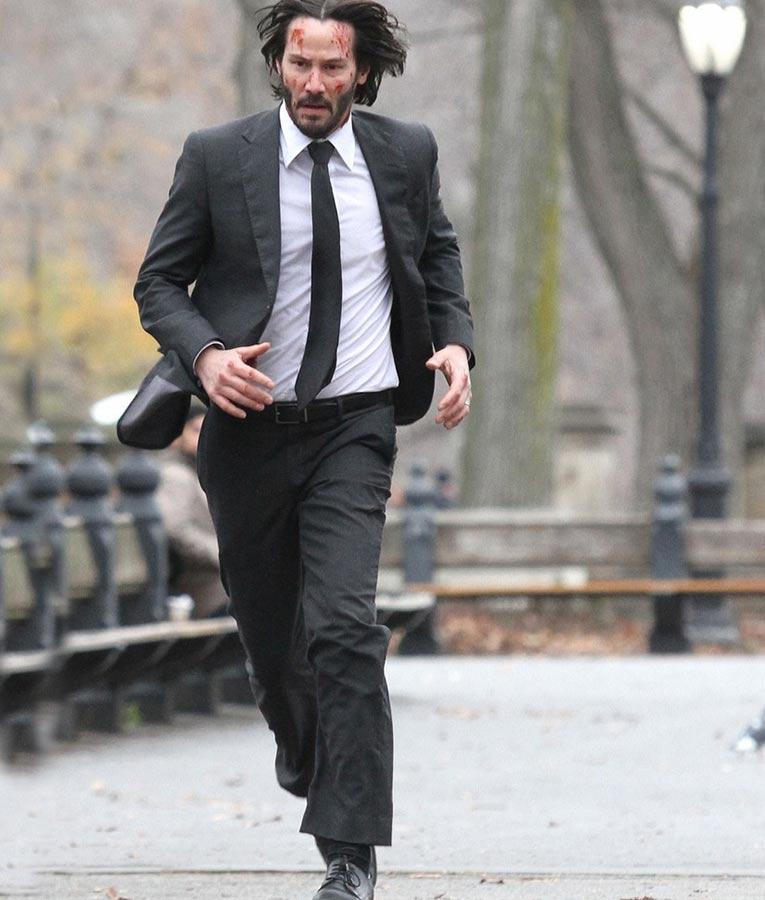 John Wick Keanu Reeves 2 Black Suit