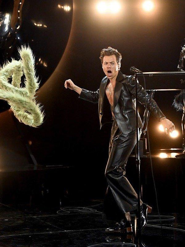 Black Christmas Concert Detroit 2021 Grammy 2021 Harry Styles Jacket Harry Styles Grammys 2021 Blazer